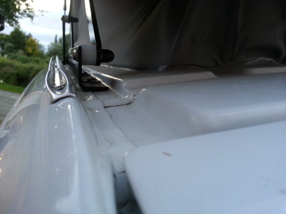 MERCEDES HIDDEN POP TOP AWNING RAIL