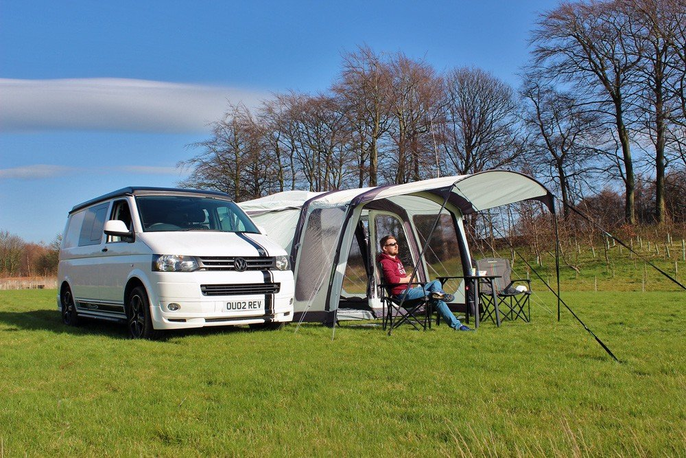 Outdoor Revolution Movelite T4 2018 Lowline Airbeam Driveaway Awning