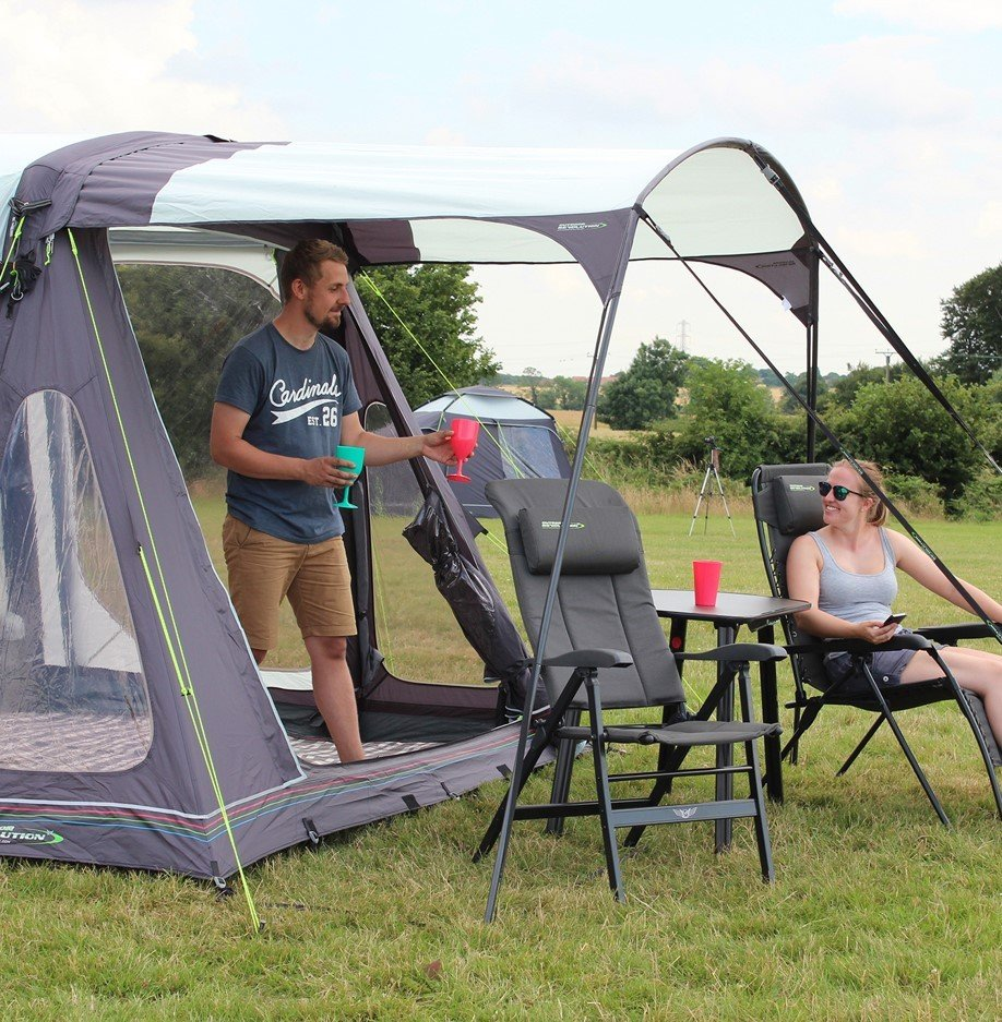 Movelite Canopy on Driveaway Awning
