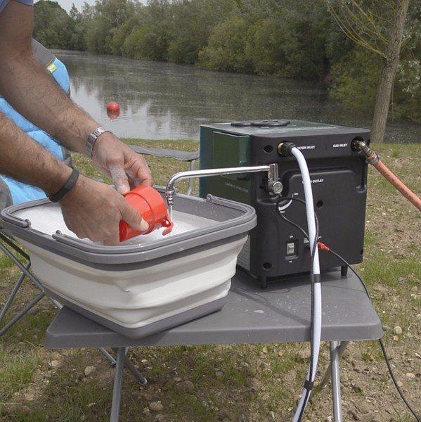 Kampa Geyser Hot Water System